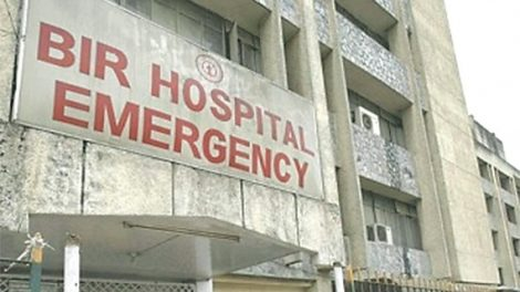 Tarun Dal gives health components to Bir and Patan Hospitals