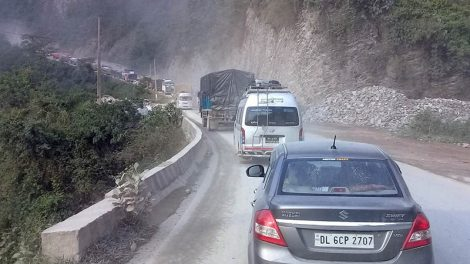 One-way traffic resumes on Narayangadh - Muglin road